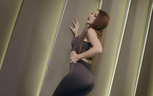 """Тиана представи """"Ти си топ"""" със специалното участие на Румен Борилов"""