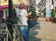 Цвети Янева на разходка в родния си град