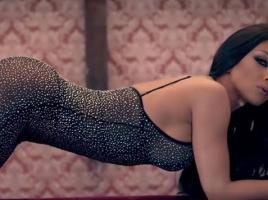 """Емануела с официална премиера на """"Нотариално заверен"""""""