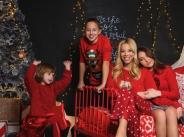 Пълна къща с деца за Емилия тази Коледа