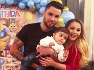 Деси Слава показа сина си Борис на първия му рожден ден