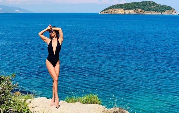 Глория откри летния сезон край морския бряг