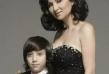 Софи е неразделна със сина си. Тя го включва и в проектите си, а бъдещето му е ясно - на голямата сцена