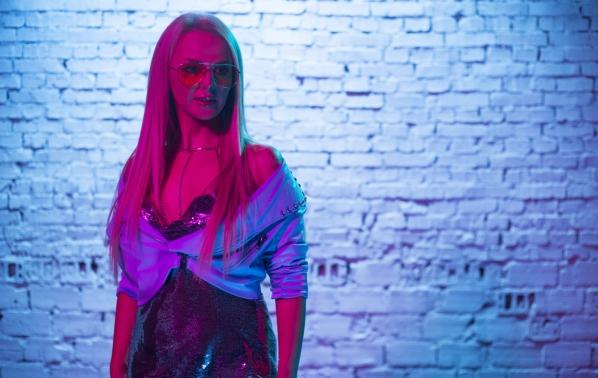 Соня Немска се завърна с нов видеоклип