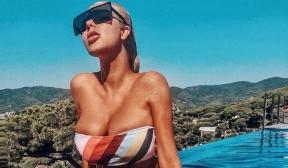 Андреа - секси и провокативна в Барселона
