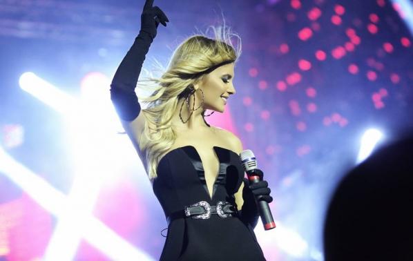 С невероятен концерт Анелия представи новия си албум