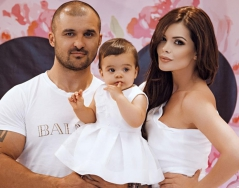Преслава отпразнува първи рожден ден на дъщеричката си Паола
