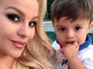 Деси Слава припомни как е изглеждала преди раждането на втория си син